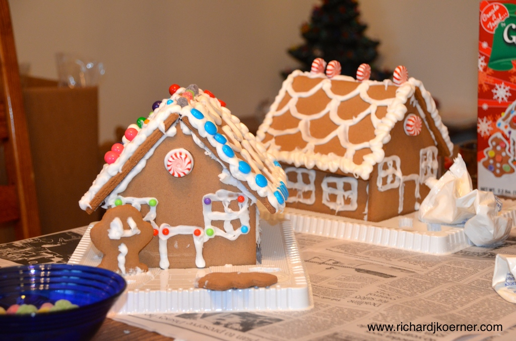 Gingerbread houses MKKSHK
