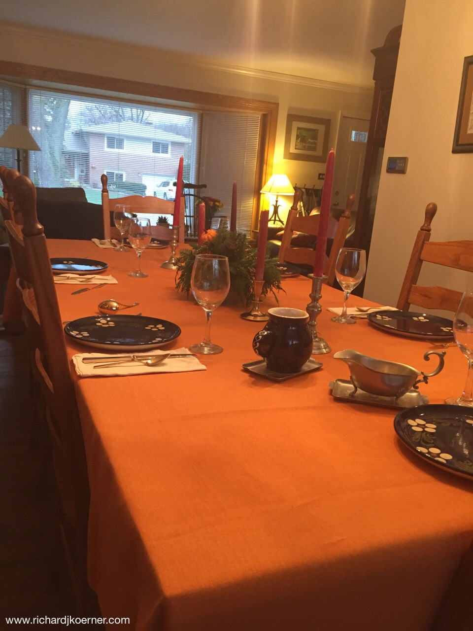Hungarian tablecloth, Swedish cutlery (dirilyte), French potter dishes (Soufflenheim), German bowls (matching and not visible here), an international table.